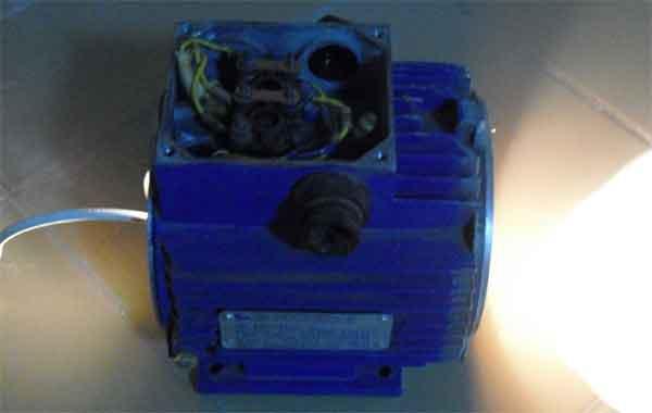 Сушка обмотки электродвигателя лампой накаливания