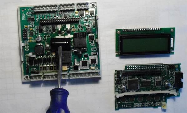 Неисправный конденсатор контроллера