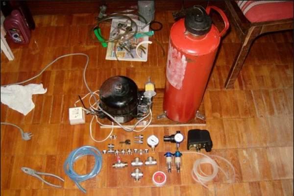 Огнетушитель в конструкции компрессора