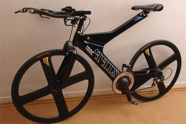 Велосипед из карбона