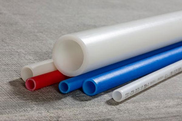 Разноцветный полиэтилен pert
