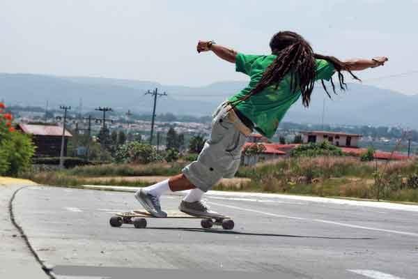 Пауэрслайд (Powerslide) – трюк управления скейтом