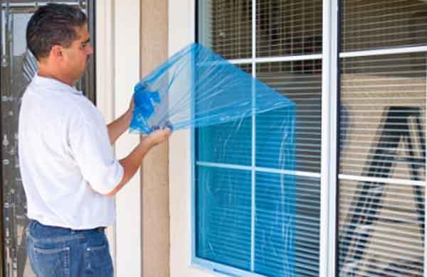 Покрытие окна плёнкой
