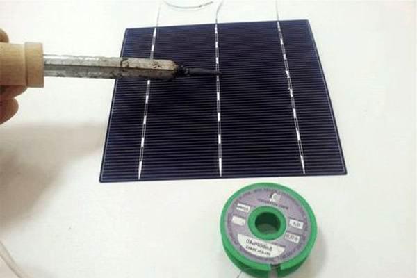 Спайка элементов солнечной батареи