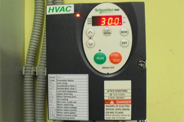 Преобразователь частоты schneider electric
