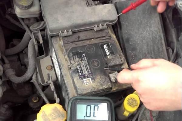 Саморазряд аккумуляторной батареи от загрязнений