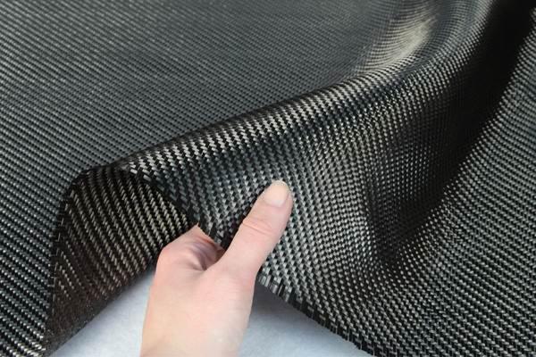 Углеродно-волоконное полотно