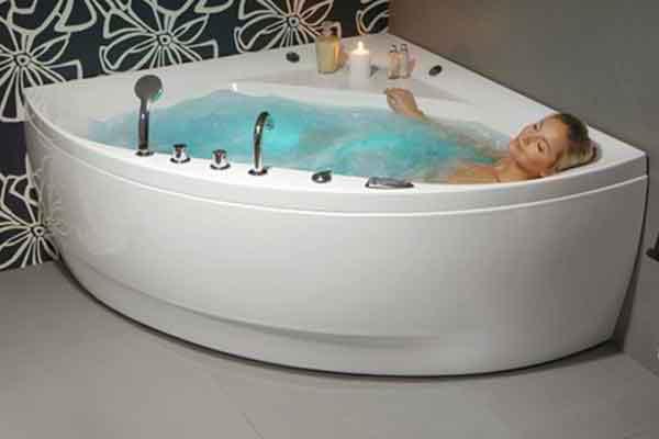 Ванна бытовая гидромассажная под частные аппартаменты