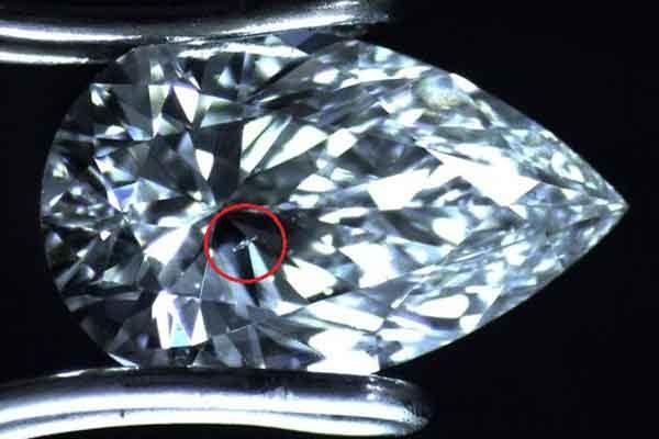 Дефектные алмазы как передатчики оптических данных