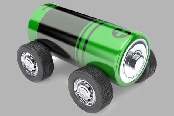 Ёмкий автомобильный аккумулятор из агрессивной батареи