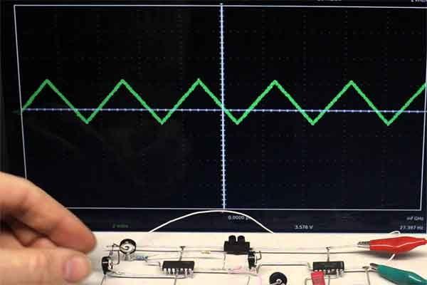 Дифференциатор электронный: принцип работы и схема