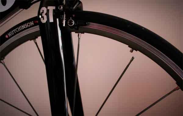 Оборванная велосипедная спица