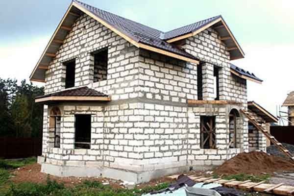 Строительство дома из газобетона или технология ААС