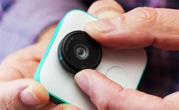 Как включить Google Clips камеру