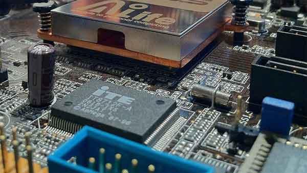 Программирование микроконтроллеров PIC