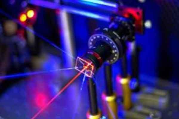 Чувствительный датчик на матрице золотых частиц