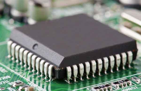 Производительность быстродействующих электронных интегральных схем приближается к терагерцовой отметке.