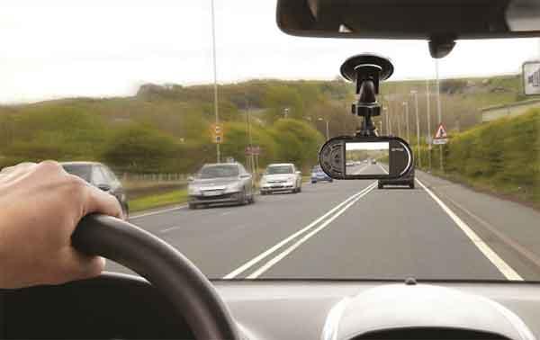 Видеорегистратор для легкового автомобиля
