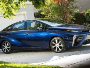 Учёные исследуют топливный элемент «Toyota Mirai 2019»