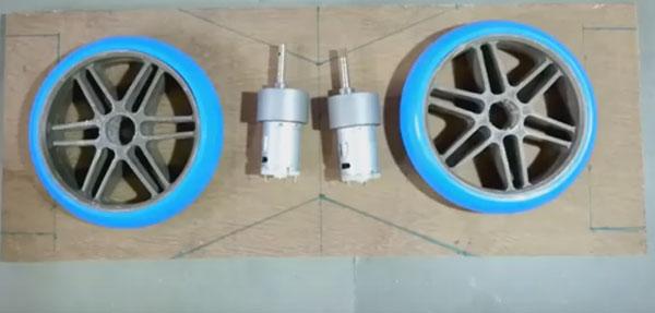 Основа домашней конструкции гироскутера