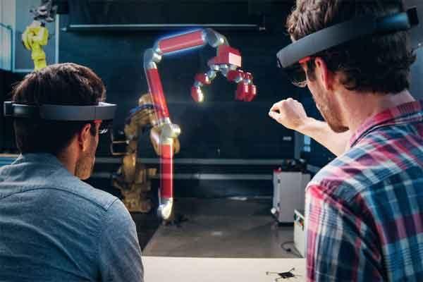 Расширенная реальность расправляет технологические крылья