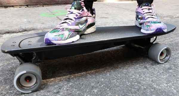 Рейтинг электрических скейтов: модель Boosted Mini-X