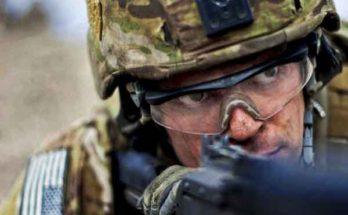 Солдат армий НАТО лаборанты ARL пытаются сделать киборгами