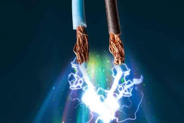 Электрический ток это заряд в движении, в металлах, газах, вакууме