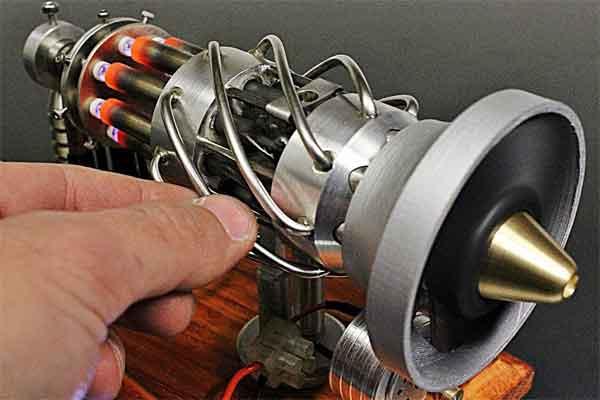 Двигатель Стирлинга на 16 цилиндров