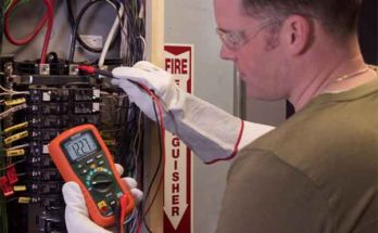 Как пользоваться цифровым мультиметром: инструкция начинающего электрика
