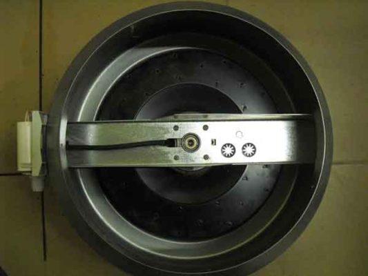 Канальный вентилятор осевой на обслуживании