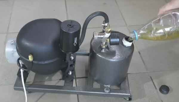 Заправка бензовоздушной горелки топливом