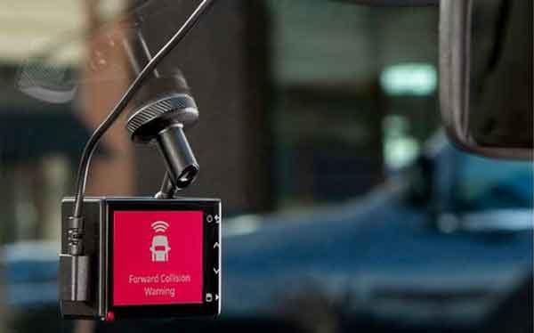 Видеорегистратор Garmin модель Dash Cam 55
