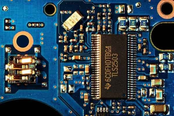 Ток для трёхмерной структуры электронного чипа ищут физики