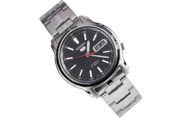 Наручные часы Seiko 5 одна из лучших моделей
