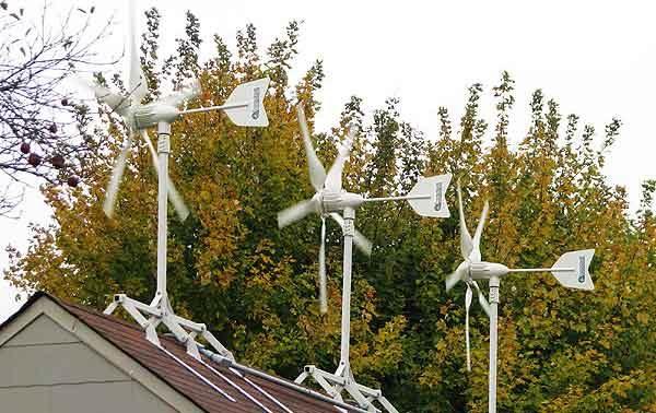 Ветряная турбина для частного дома в групповом исполнении