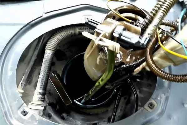 Топливный насос автомобиля: назначение виды принцип работы диагностика и замена