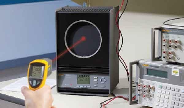 Бесконтактный термометр - особенности калибровки приборов