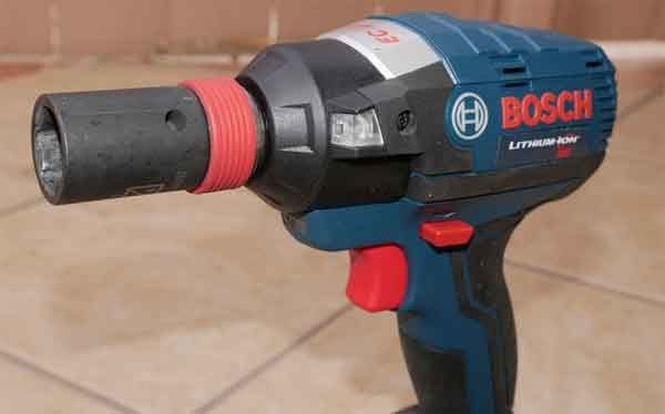 Ударный гайковёрт: модель Bosch Freak 18V Impact Wrench