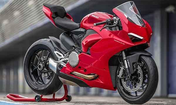 Мотоциклы: модель Ducati Panigale V2