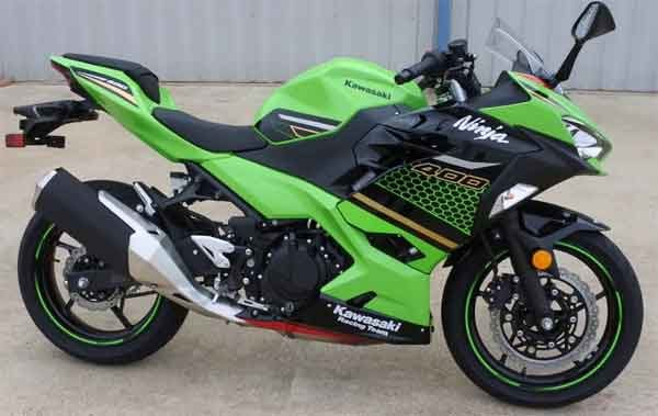 Мотоциклы: модель Kawasaki Ninja 400