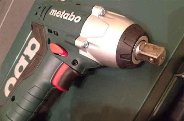 Ударный гайковёрт: модель Metabo 18V Impact Wrench