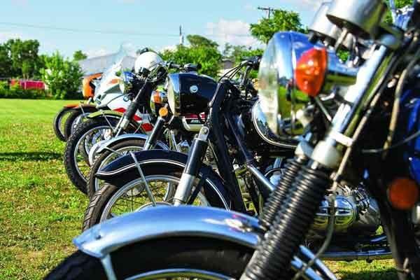 Мотоциклы: техника года ТОП-6 лучших моделей на выбор потенциальному байкеру