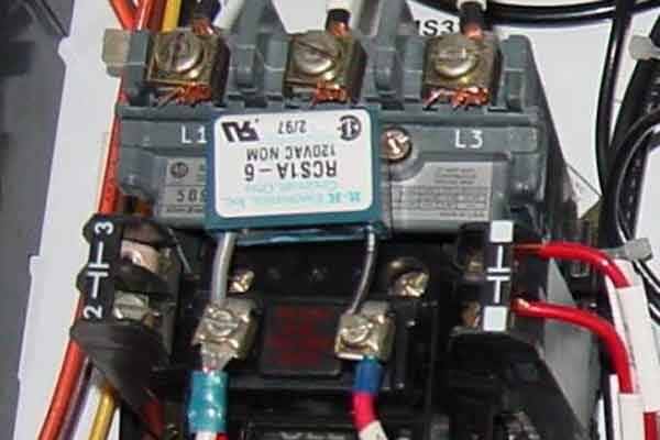 Реверс твердотельными реле в схемах коммутации электродвигателей
