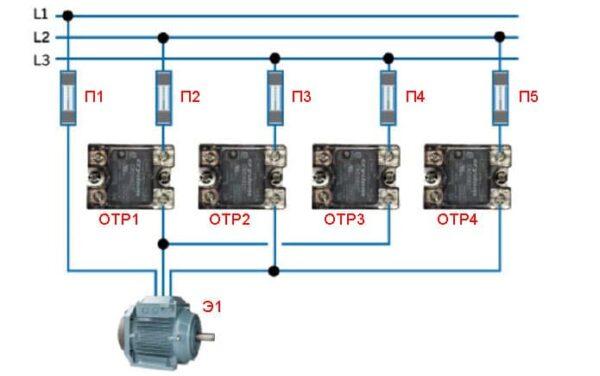 Реверс твердотельными реле - схема на однофазных приборах