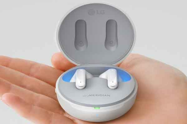 Беспроводные наушники новой модели выпустила фирма LG